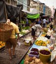 Maeklong-railway-food-market-in-Thailand-5