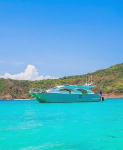 Phi Phi tour kayaking with speed Catamaran from Phuket